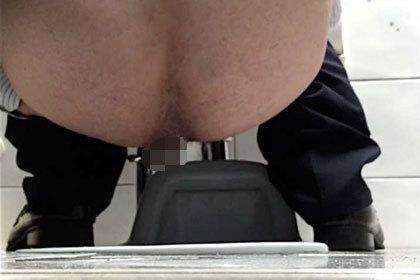 超極太〜和式トイレ下から盗撮風.jpg