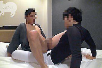 個人投稿!!剣道着×野球ユニSEX!!!ガチもの竹刀でアナルにぶッ刺し拡張!!.jpg
