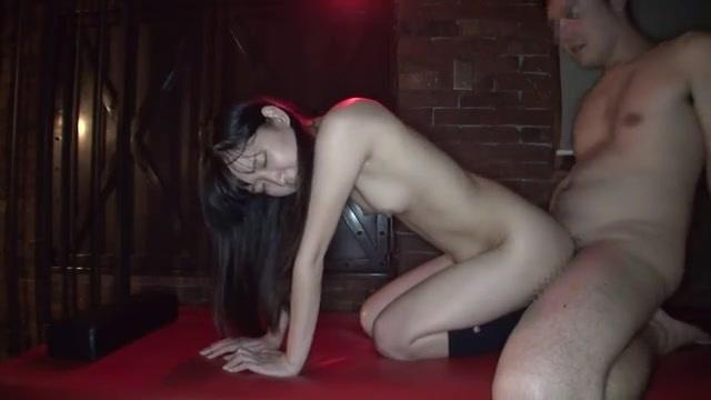 SMルームでパイパン女子校生とハメ撮りセックス