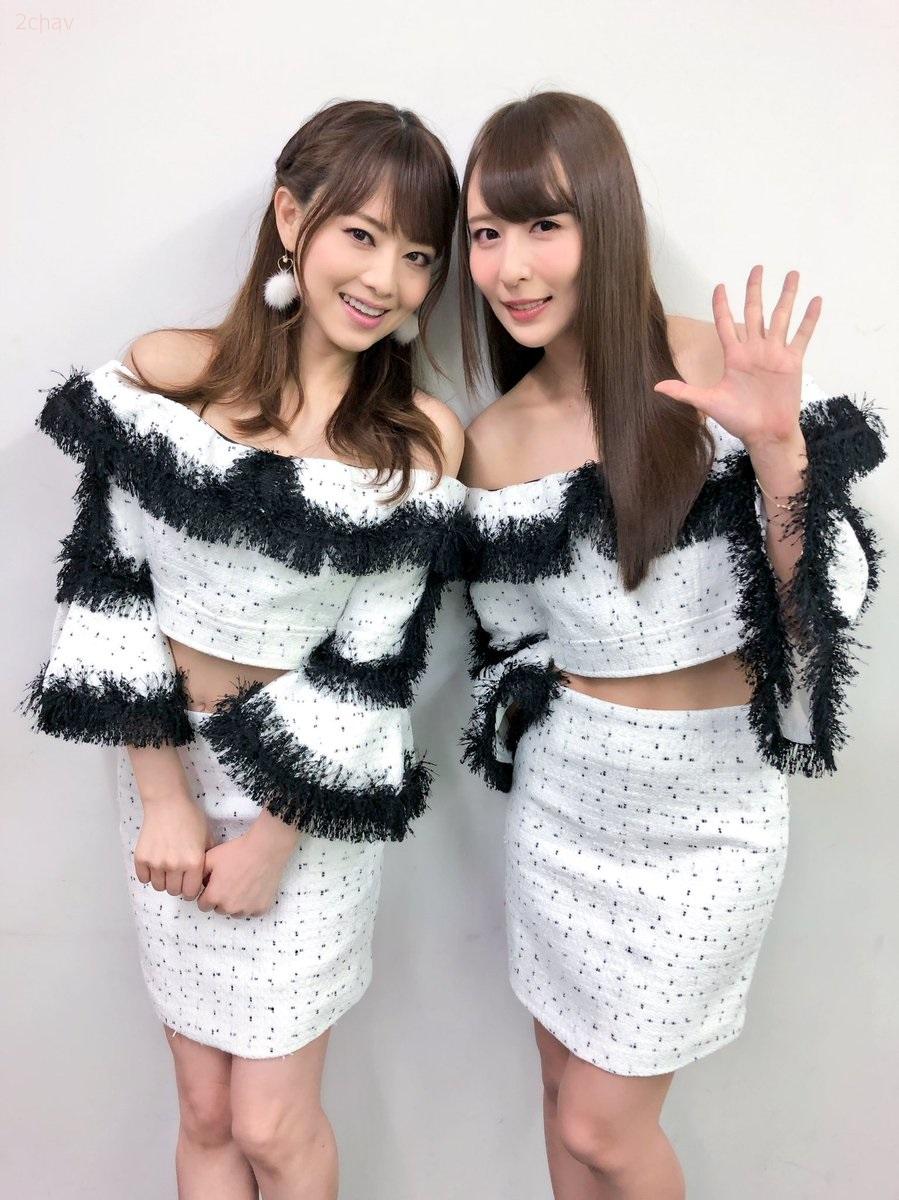吉沢明歩希崎ジェシカ001
