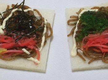 2種類の海苔のソースやきそばサンドウィッヂ