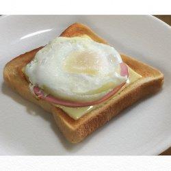 ハムチーズエッグトースト