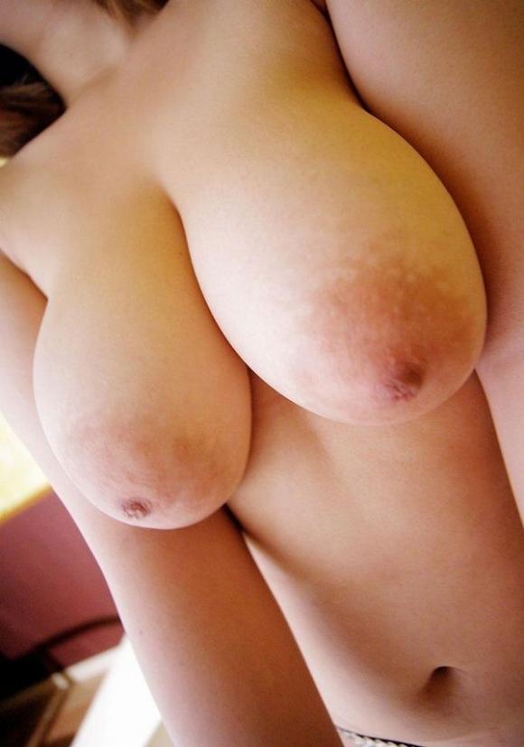 【デカパイ】爆発力のあるでっかい巨乳おっぱいを1度経験してみたい!!!wwwwwww【画像30枚】01_2019031720060757e.jpg