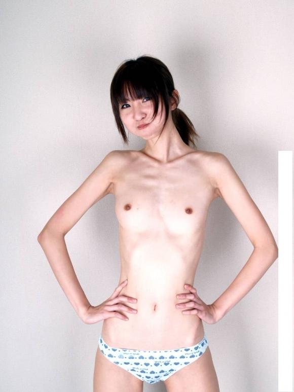 スリムってかガリガリな女の子の体って需要あるん?wwwwwww【画像30枚】01_20190513152352613.jpg