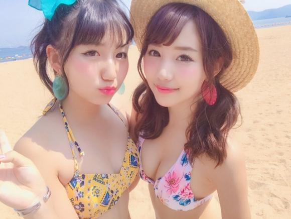 【素人水着画像】くっそ可愛い女の子が水着を着てるところを見れるなんて夏は素晴らしすぎるwwwwwww【画像30枚】01_2019081801382760b.jpg