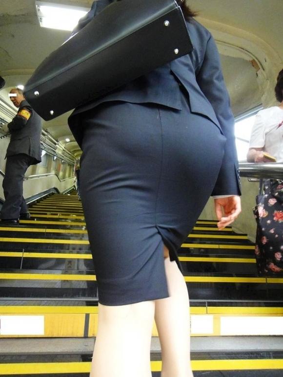 OLさんのタイトスカートがくっそエロいwwwwwww【画像30枚】03_20181106170103758.jpg