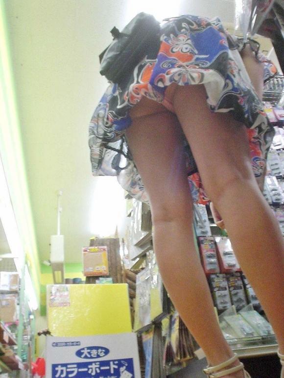 スカート短い女の子見ると下からパンツ見たくなってたまらなくなるwwwwwww【画像30枚】03_20190324235727062.jpg