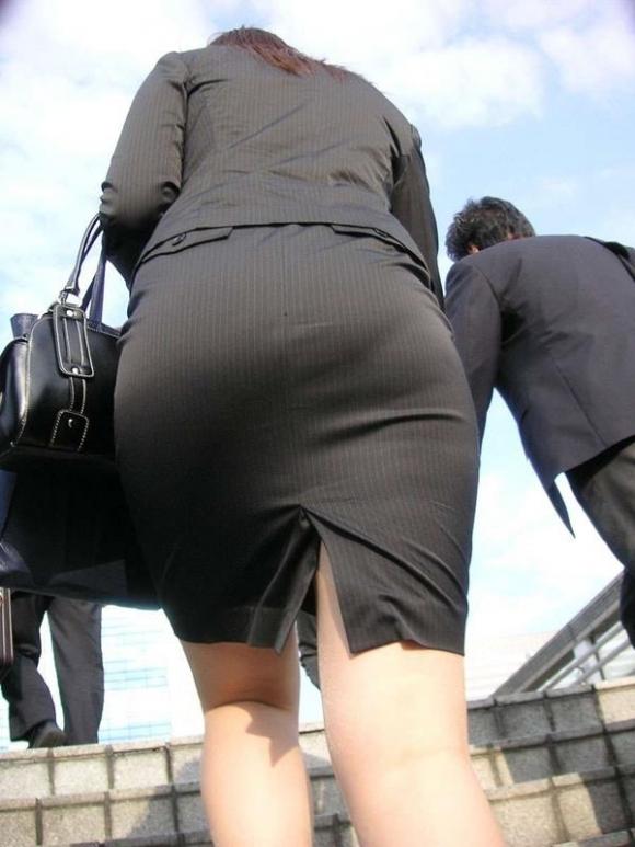 OLさんのタイトスカートがくっそエロいwwwwwww【画像30枚】05_20181106170106795.jpg