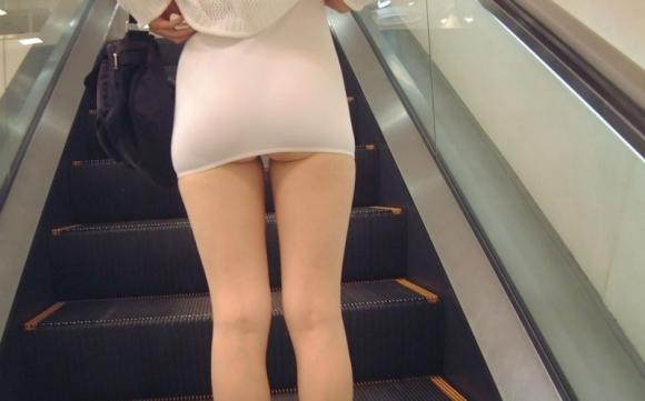 短いスカートを履いてパンチラさせにきてる女の子wwwwwww【画像30枚】05_20190502014031864.jpg
