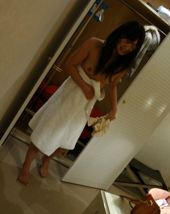 【流出画像】お風呂上がりの素人女子がめっちゃエロくて画像保存不可避wwwwwww【画像30枚】05_20190905012652328.jpg