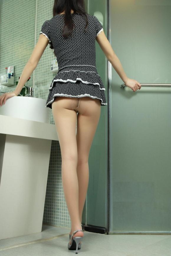 短いスカートを履いてパンチラさせにきてる女の子wwwwwww【画像30枚】06_20190502014033b5d.jpg