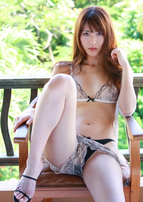 【ランジェリー】カワイイ女の子の下着姿ってホント貴重だし素晴らしいと思うwwwwwww【画像30枚】07_201904140200040fb.jpg