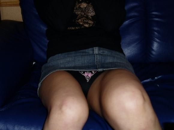 デニムスカートってパンチラすること多いから結構狙い目wwwwwww【画像30枚】08_201901230100431b3.jpg
