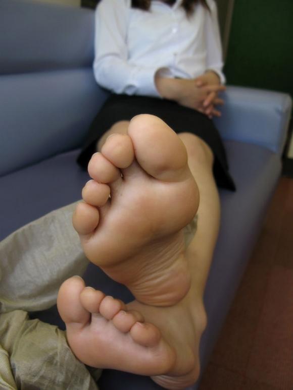 【フェチ】綺麗な足裏にムラムラするヤツっているの?wwwwwww【画像30枚】09_20191210215446520.jpg