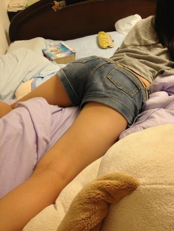 【流出画像】女の子の部屋着の中でもこういうショートパンツがエロさNo.1!wwwwwww【画像30枚】10_20181201230549319.jpg