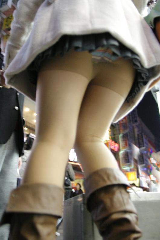 スカート短い女の子見ると下からパンツ見たくなってたまらなくなるwwwwwww【画像30枚】10_20190324235737325.jpg