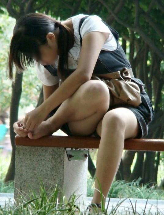 普通の女の子のパンチラ画像を貼ってこwwwwwww【画像30枚】11_20181121141554f9e.jpg