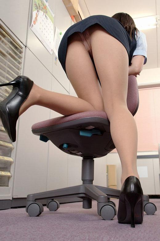 エロいOLさんが働いている職場なら毎日仕事がんばれそうwwwwwww【画像30枚】11_20190119014455121.jpg