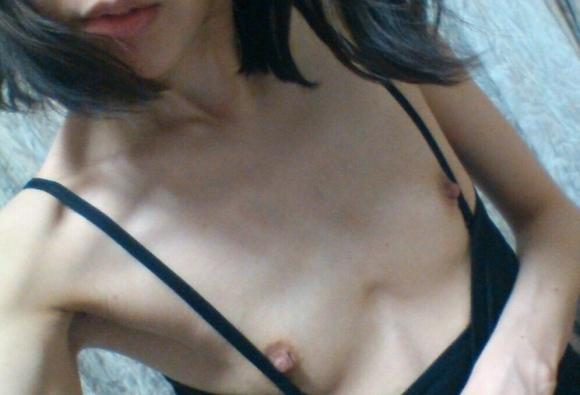 スリムってかガリガリな女の子の体って需要あるん?wwwwwww【画像30枚】11_20190513152734dd1.jpg