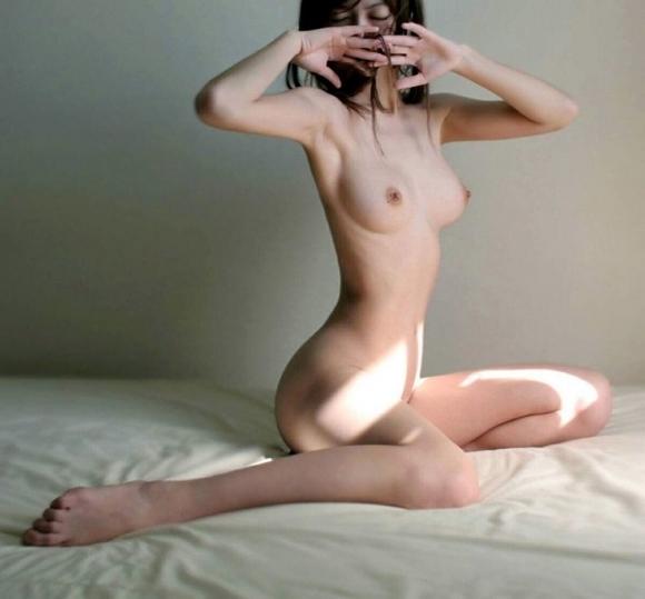 【おっぱい】痩せてるのに巨乳な女の子はマジで反則だと思うwwwwwww【画像30枚】11_2019072401004869d.jpg