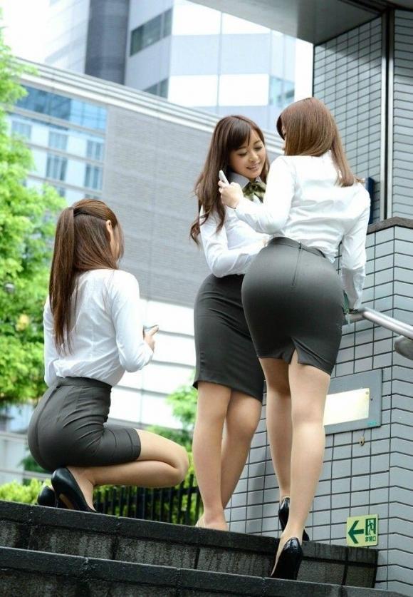 OLさんのタイトスカートってくっそエロくてたまんねぇなぁwwwwwww【画像30枚】11_20190730011013c3b.jpg