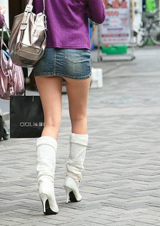 尻肉ハミ出る服で外出しちゃう最近の女の子の感覚ってどうなってるの?wwwwwww【画像30枚】12_20190102110410c91.jpg