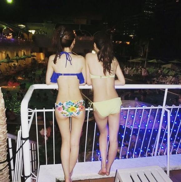 夏の夜に素人女子の水着姿を拝めるナイトプールに行かない手はない!wwwwwww【画像30枚】13_20190618011527324.jpg