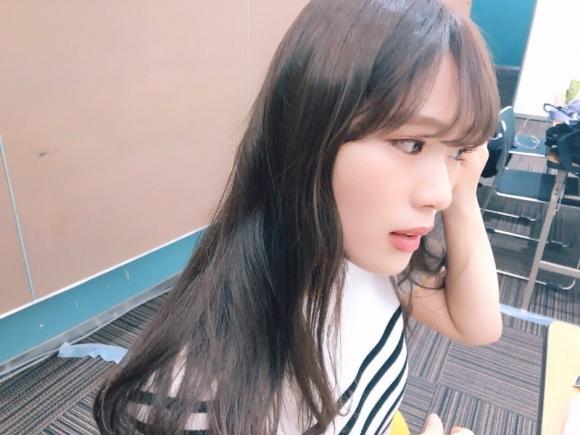 NMB48渋谷凪咲ちゃんの癒されセクシーグラビア画像【画像40枚】14_20181005224342356.jpg