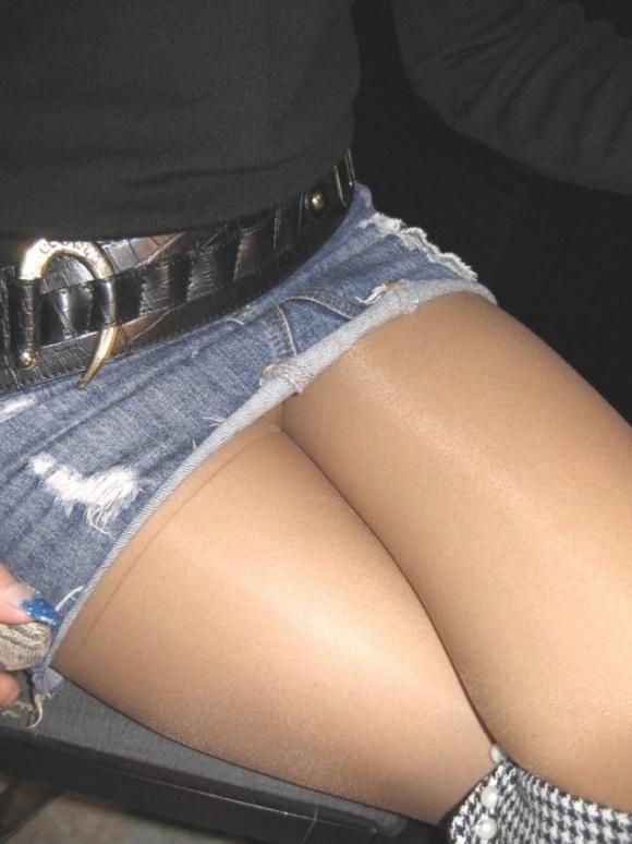 デニムスカートってパンチラすること多いから結構狙い目wwwwwww【画像30枚】14_20190123011115580.jpg