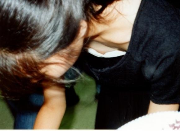 【浮きブラ盗み撮り】おっぱいが小さい女の子は大抵乳首が見えちゃってる件wwwwwww【画像30枚】14_201904190125597d1.jpg