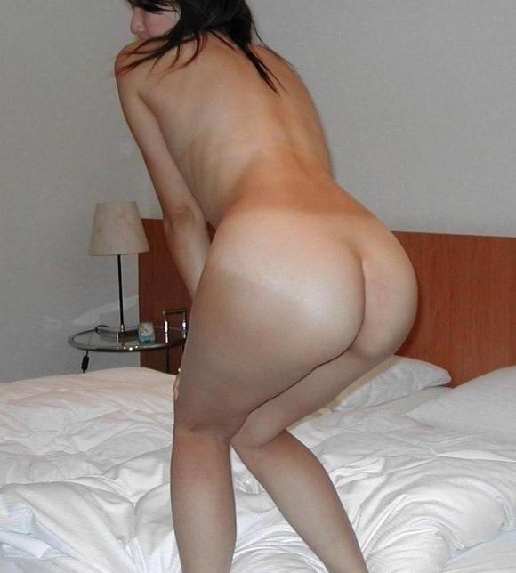 こういうだらしなさが魅力的な素人の裸でオナニーしたいwwwwwww【画像30枚】14_20190706014129162.jpg