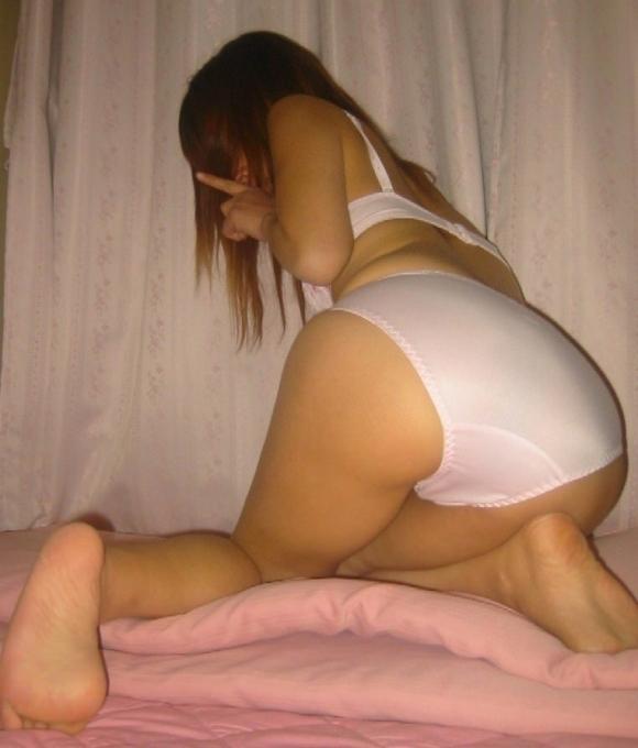 【流出画像】素人女子のエロすぎるパンティ姿を激写!www共有したいからネットにうpするわwwwwwww【画像30枚】14_201909162252458c8.jpg
