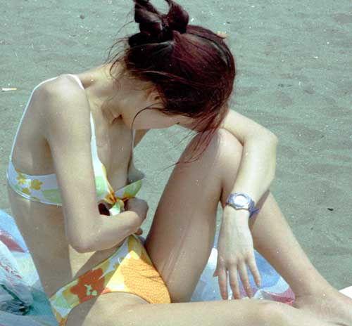 【ポロリ素人おっぱい】水着がユルユルで簡単におっぱい見えちゃってるよwwwwwww【画像30枚】15_20190609014857327.jpg