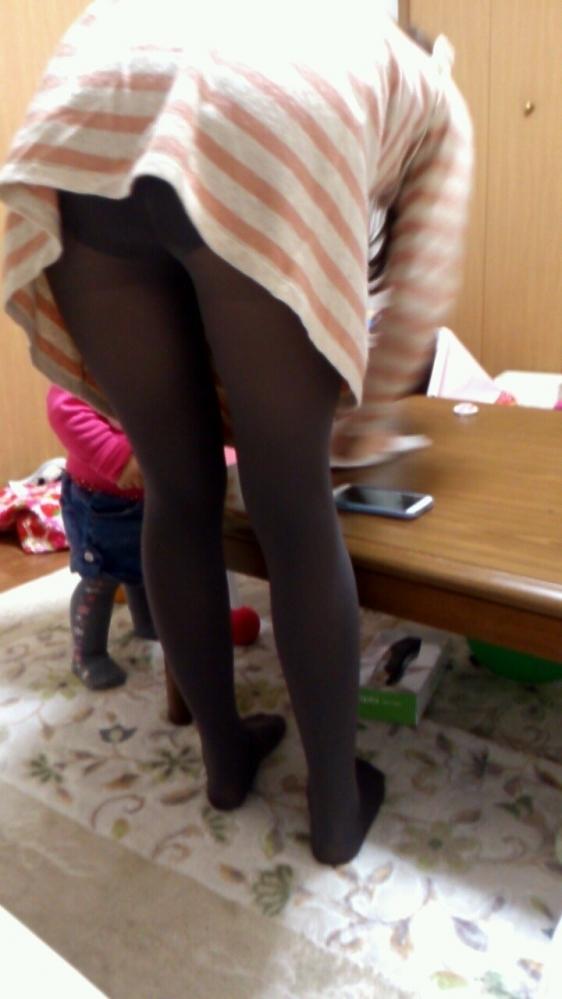 【家庭内盗撮】女の子の家の中の姿を盗み見できるって幸せだなぁぁぁwwwwwww【画像30枚】16_20190310224733d12.jpg
