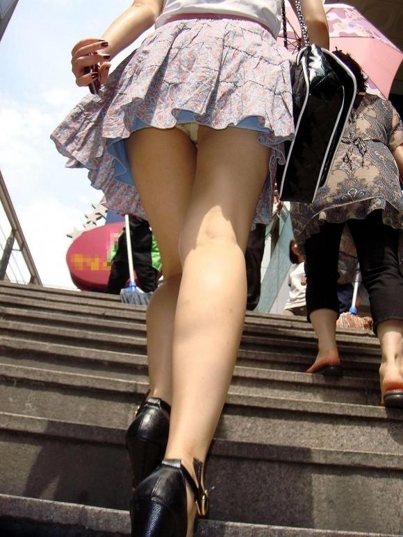 スカート短い女の子見ると下からパンツ見たくなってたまらなくなるwwwwwww【画像30枚】16_20190325002521e5c.jpg