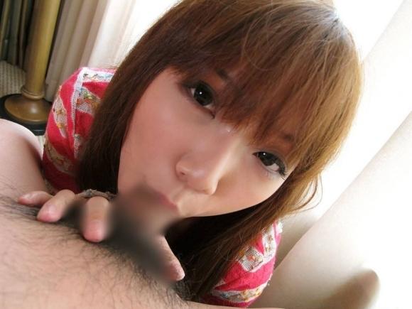 【フェラチオ】エロ偏差値の高い女の子はこうやって目線を配ってチンコを舐めてくるから困るwwwwwww【画像30枚】16_2019061017005071f.jpg