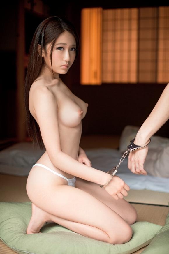 【おっぱい】まるでビーナス!美しすぎる裸体を持つ美女のおっぱいに目が釘付け!wwwwwww【画像30枚】16_20191116221527b4b.jpg