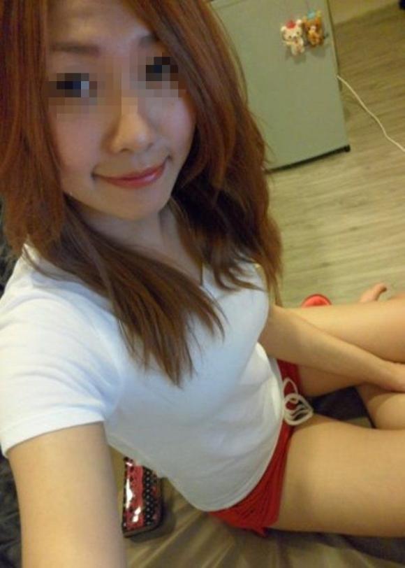 【流出画像】女の子の部屋着の中でもこういうショートパンツがエロさNo.1!wwwwwww【画像30枚】18_2018120123121770d.jpg