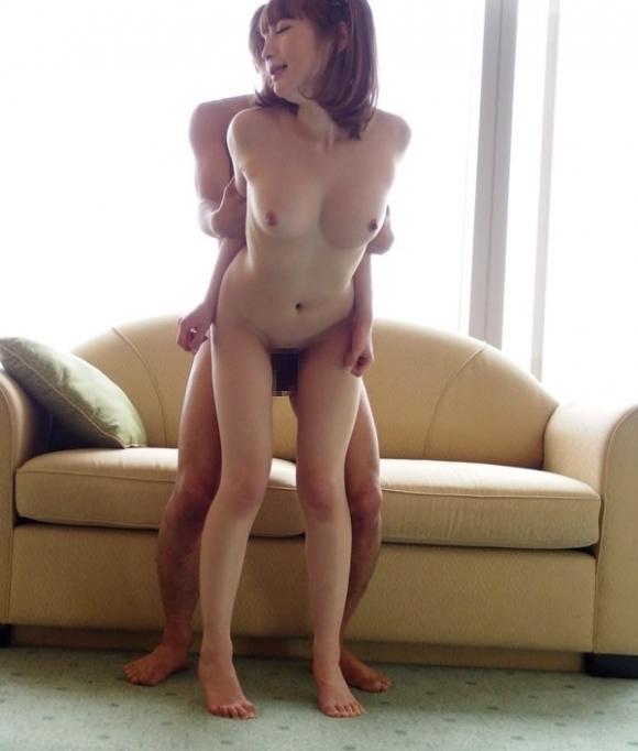 【立ちバック】立ったままのセックスで女の子がイキそうになってるのがヤバエロwwwwwww【画像30枚】18_20190606011011cc9.jpg