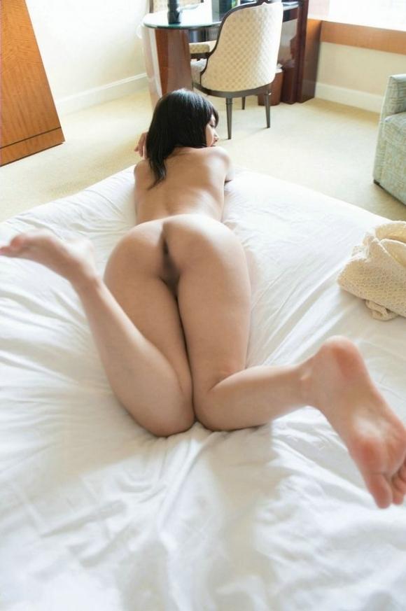 可愛い女の子にベッドから誘われたら絶対に飛び込んでセックスしてしまうwwwwwww【画像30枚】18_20191125203609e83.jpg