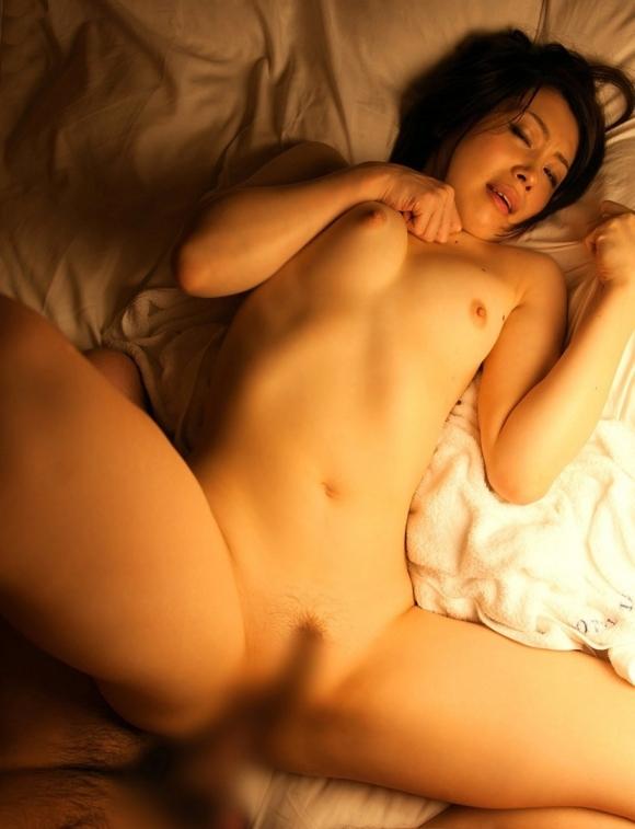 【イキ顔】セックスしてる時に自分のテクニックで感じてアヘる女の子見てるの幸せwwwwwww【画像30枚】20_2018100503163075d.jpg