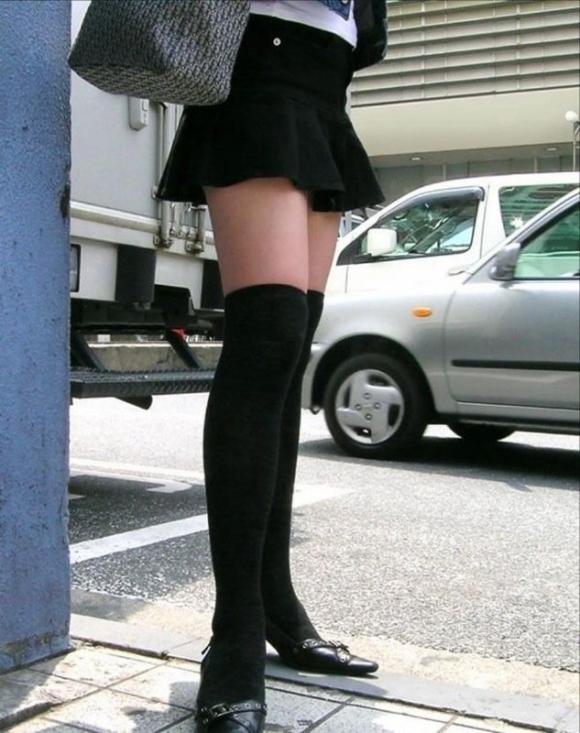 ニーハイソックス履いてるムチムチした脚がくっそエロいwwwwwww【画像30枚】20_20190427234623eaf.jpg