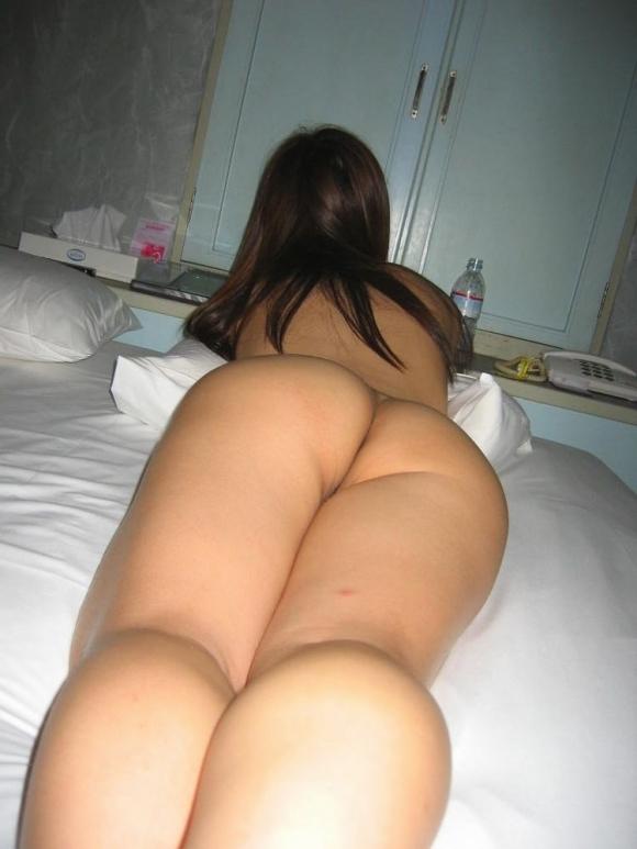 【流出画像】ラブホテルで裸になってる彼女を勝手に撮っちゃう彼氏wwwwwww【画像30枚】21_20190427024518552.jpg
