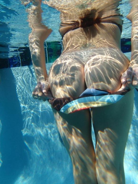 【水中画像】水の中に漂ってる女の子の体がくっそエロいwwwwwww【画像30枚】22_201907170053029e5.jpg