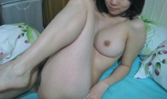 【リベンジポルノ】大好きだった彼女の裸を別れた後にネットに晒すヤバめな行為wwwwwww【画像30枚】22_20191205211538b68.jpg