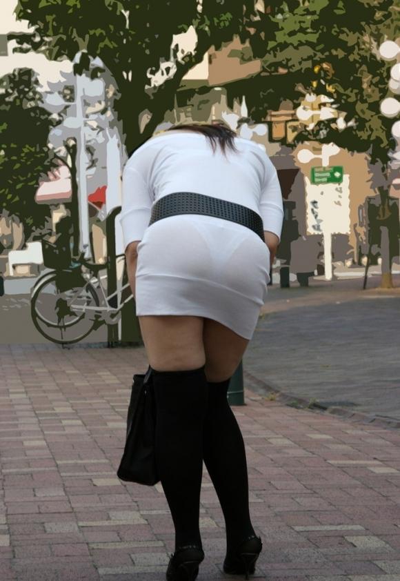 パンティが透けてる状態で外を歩いちゃダメだってwwwwwww【画像30枚】23_20190418020041fb7.jpg