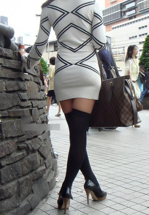 短いスカートを履いてパンチラさせにきてる女の子wwwwwww【画像30枚】23_20190502014515bf6.jpg