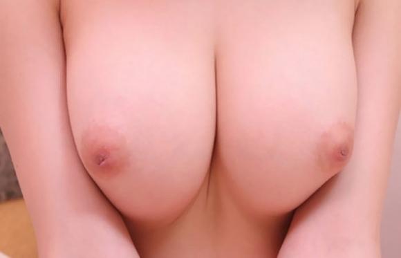 【おっぱい】引っ込んじゃってる乳首のことを陥没乳首というwwwwwww【画像30枚】23_201912242034007fb.jpg