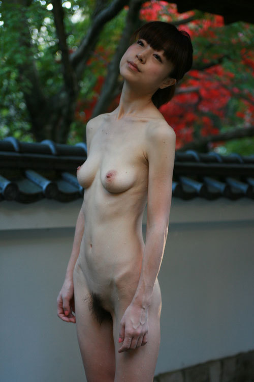 スリムってかガリガリな女の子の体って需要あるん?wwwwwww【画像30枚】24_20190513152817269.jpg