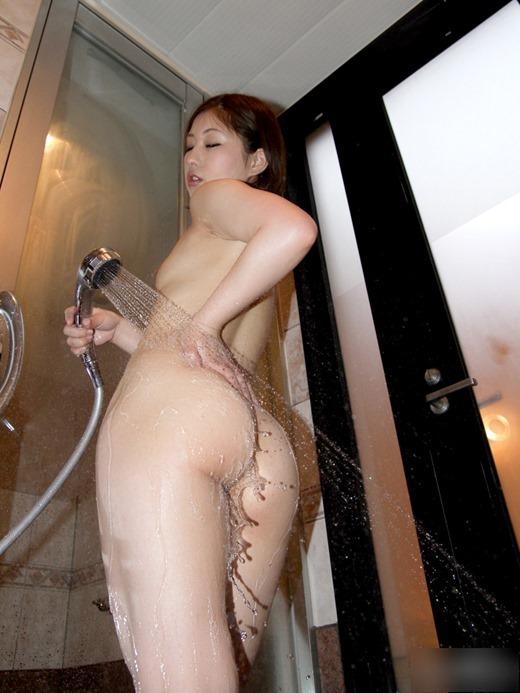 女の子がシャワー浴びてるのってエロすぎてイチャイチャしたくなるwwwwwww【画像30枚】25_201903220156150d3.jpg